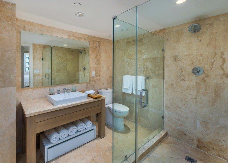 1 Bedroom Ocean View Condo within Luxurious Hotel - 1007 #8
