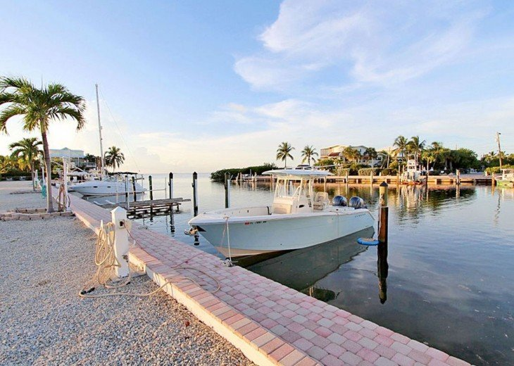 Five Bedroom Pool home with Boat Slip in Marina..... Your Florida Keys Getaway! #25