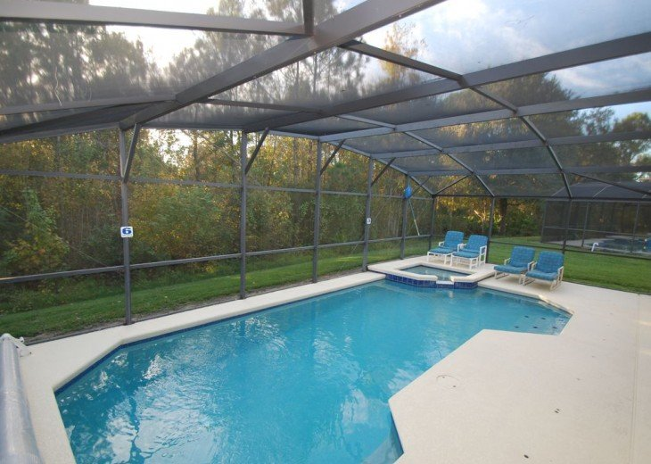 Superb Modern Home South West Facing Pool Backing Onto Conservation area #2