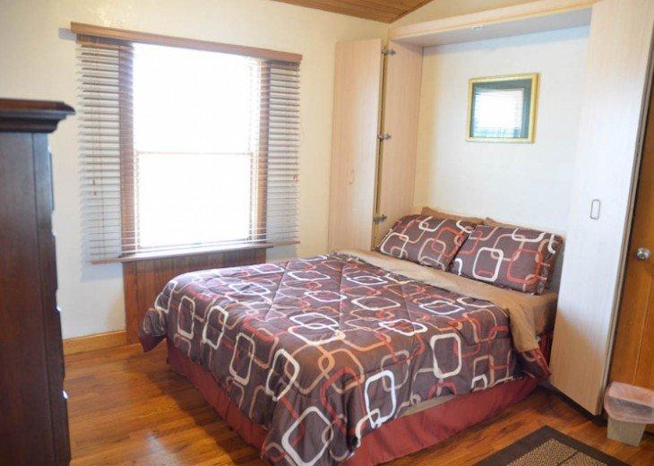 ST AUGUSTINE BEACH DIRECT OCEANFRONT BEACH HOUSE SLPS 2-8 or 12 fr $199 NIGHT #24
