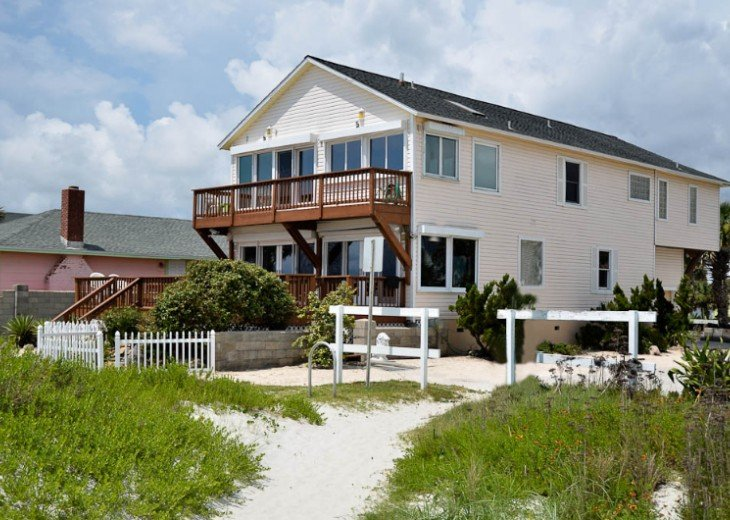 ST AUGUSTINE BEACH DIRECT OCEANFRONT BEACH HOUSE SLPS 2-8 or 12 fr $199 NIGHT #4