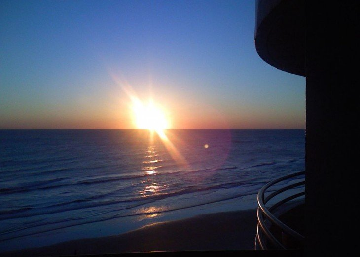 Direct Oceanfront. Largest Balcony in Daytona Beach!! #2