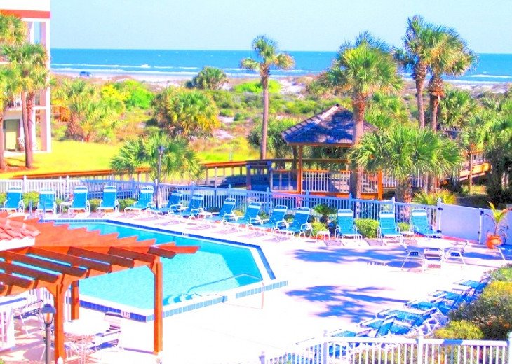 SPRING SPECIAL- BEACH ACCESS-VACATION RENTAL-2 POOLS-1 heated, TENNIS-BBQ #5