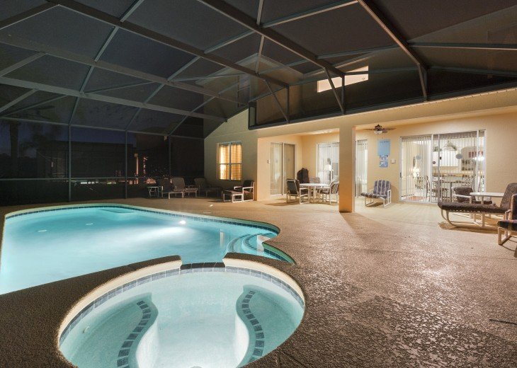 Dory's Magic - Luxury villa with theater room, lake view and south-facing pool #9