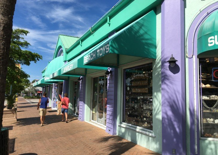 Lots of great shopping in Siesta Village only 0.8 miles away
