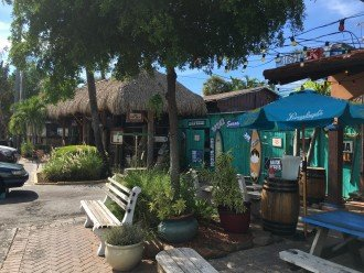 The Cottage restaurant in Siesta Key Village