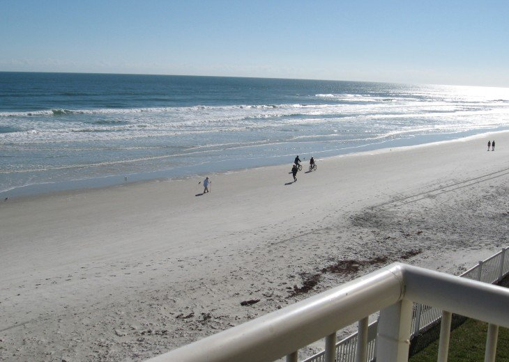 OCEAN FRONT CONDO ON THE NO-DRIVE BEACH #1