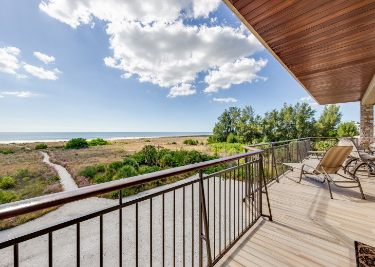 The Seascape – 8BR/9BA Beachfront, Heated Shared Pool, Private Access to Beach #108
