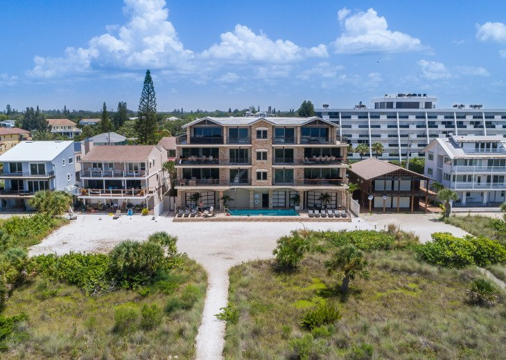 The Seascape – 8BR/9BA Beachfront, Heated Shared Pool, Private Access to Beach #115