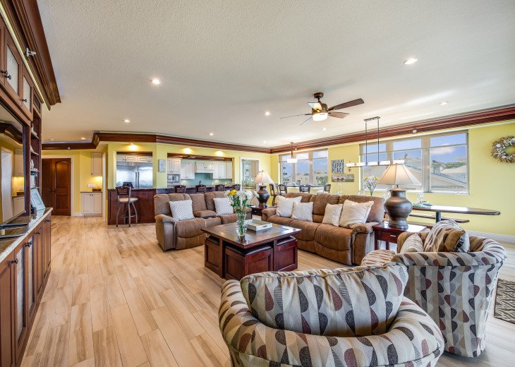 The Seascape – 8BR/9BA Beachfront, Heated Shared Pool, Private Access to Beach #12