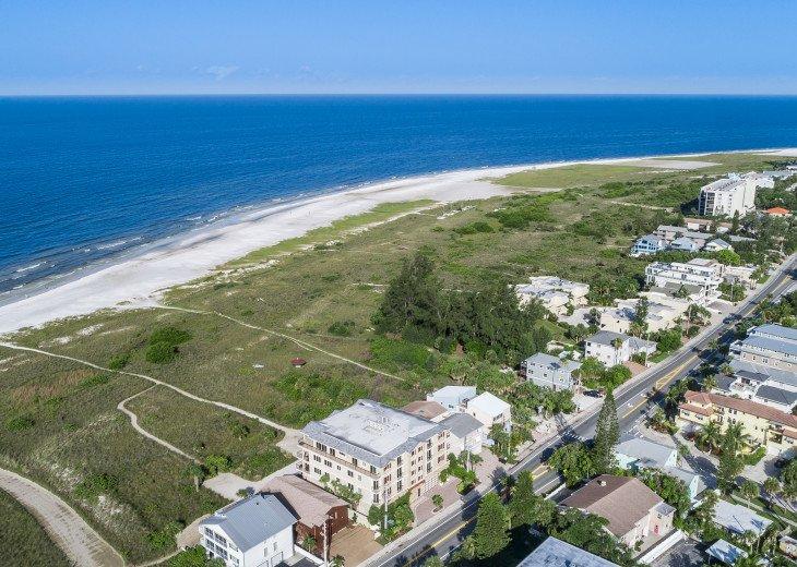 Ocean's Edge- 4BR/4.5BA Beachfront Condo, Heated Pool, With Private Beach Access #70