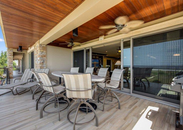 Ocean's Edge- 4BR/4.5BA Beachfront Condo, Heated Pool, With Private Beach Access #61