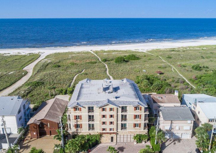 Ocean's Edge- 4BR/4.5BA Beachfront Condo, Heated Pool, With Private Beach Access #3