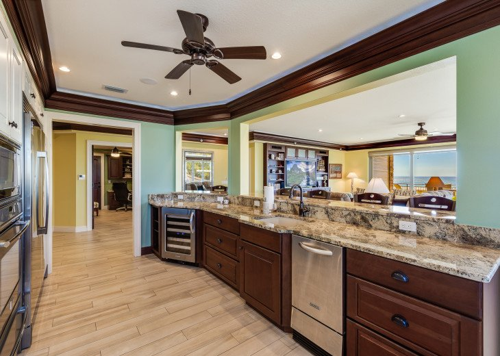 West Shore - 4BR/4.5BA Beach Front Condo, Heated Pool, With Private Beach Access #19