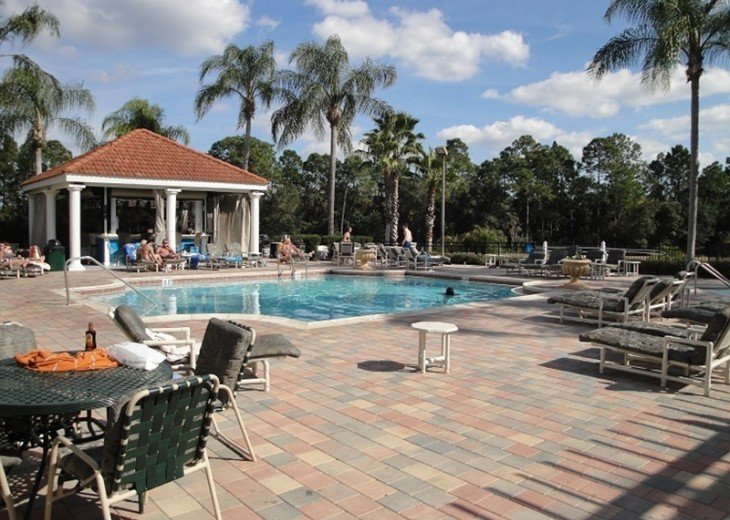 "Gorgeous Lakefront Resort Pool Home - your ""Home Away from Home"" for 6 to 12 #20"