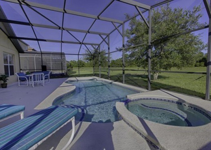 "Gorgeous Lakefront Resort Pool Home - your ""Home Away from Home"" for 6 to 12 #3"