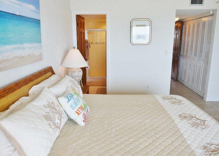 Master Bedroom Suite showing En Suite Private Master Bathroom & Large Closets