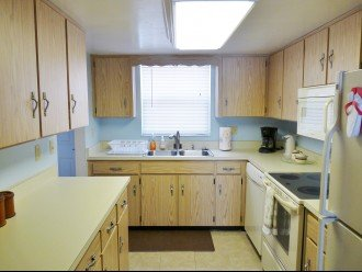 Full Kitchen with Initial Setup of Soap & Paper Towels Provided