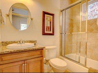 Bunk room private bath