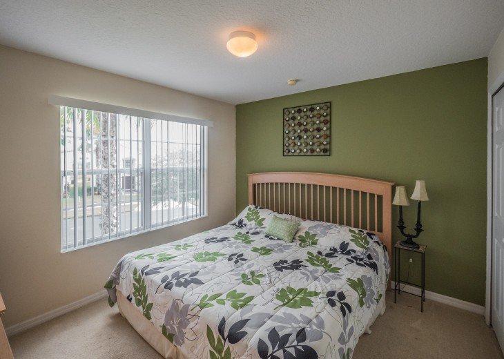 Luxury 6 bedroom villa in a gated community #33