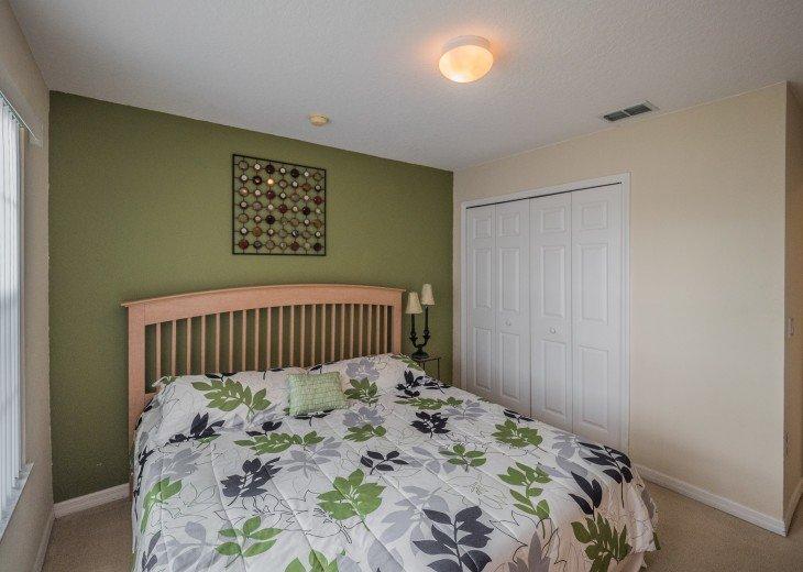Luxury 6 bedroom villa in a gated community #34