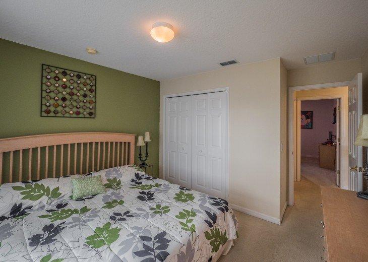 Luxury 6 bedroom villa in a gated community #32
