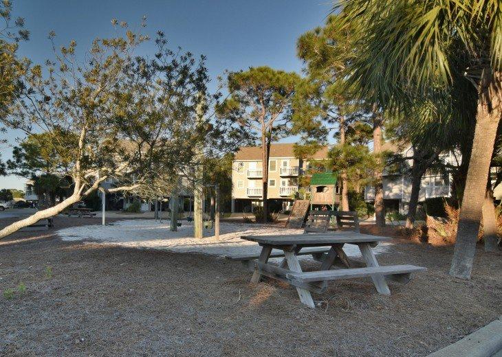 DIRECT BEACH FRONT - 3 Beach Front Decks - Lot's of Extra's - Pet Friendly #26