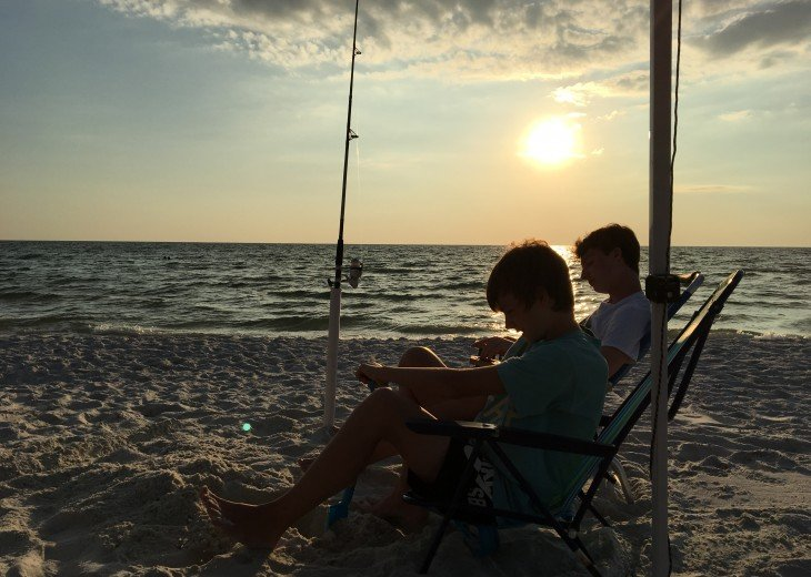 DIRECT BEACH FRONT - 3 Beach Front Decks - Lot's of Extra's - Pet Friendly #38