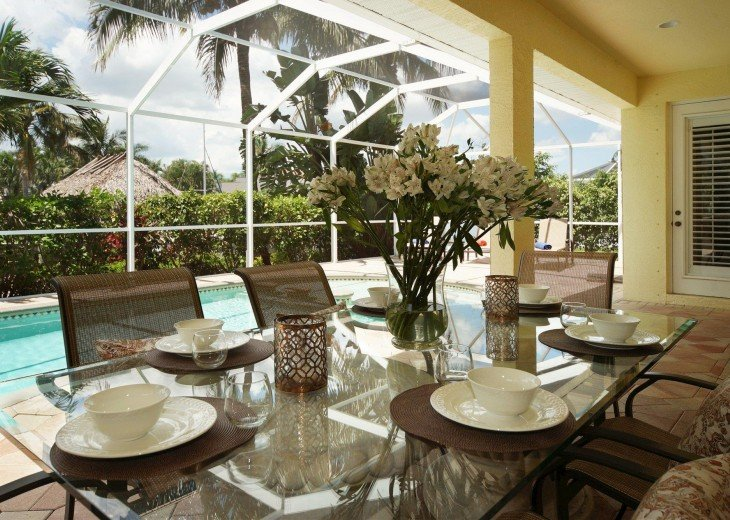 Villa Blue Water – a villa in a very nice residential area #11