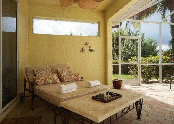 Villa Blue Water – a villa in a very nice residential area #12