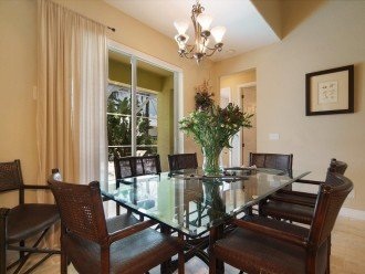 dining area of the holiday home in Cape Coral, FL