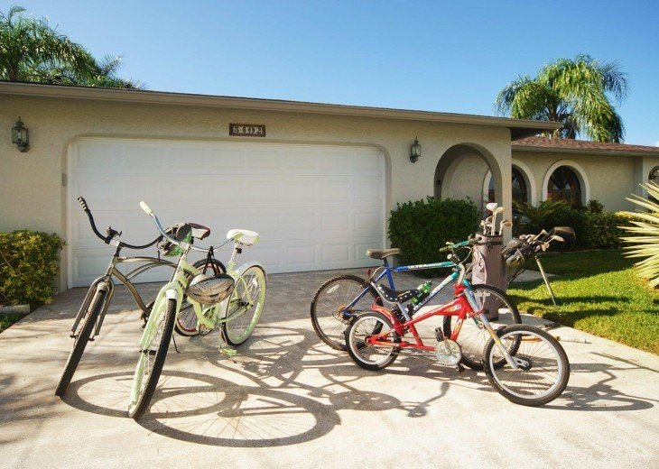 4 bikes for your use for bike lines in Cape Coral