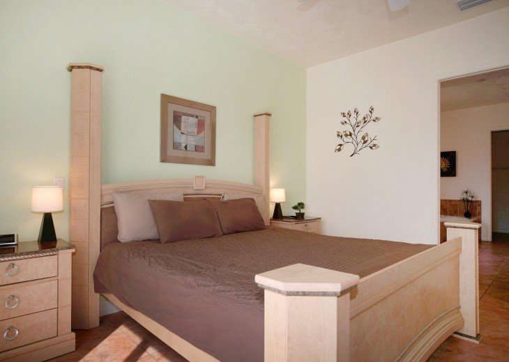 Villa Shangri-La in very good residential area #25