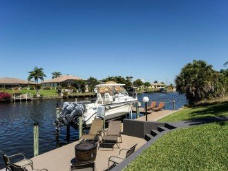 the landing stage of the property in Cape Coral