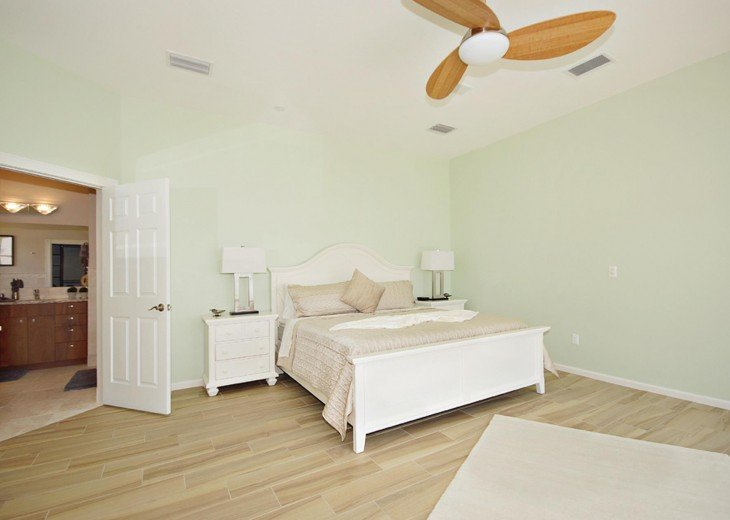 Master bedroom of the property inon Pine Island