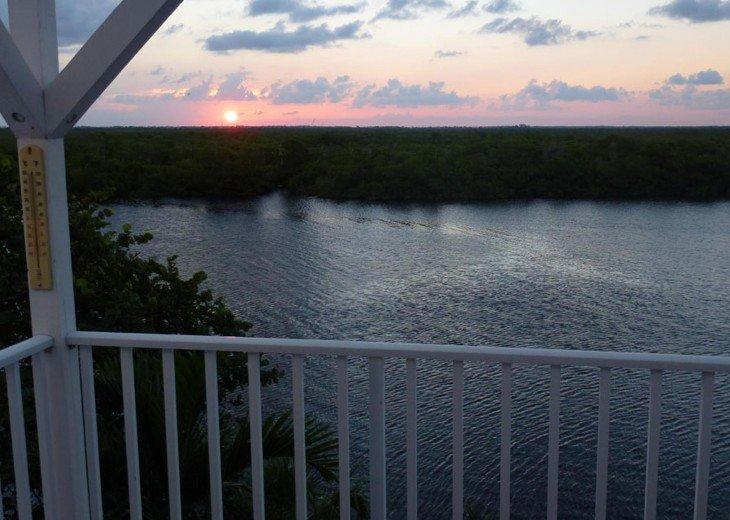Villa Secret Garden on Pine Island - Boat available #21