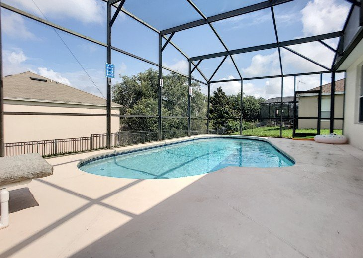 5 Star Updated Windsor Palms Pool Home with 2 Master bedrooms. 4 Bed 3 Bath #6