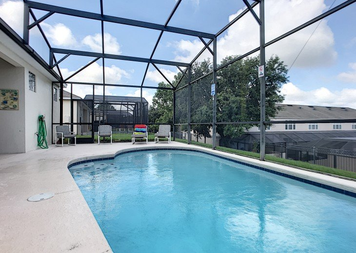 5 Star Updated Windsor Palms Pool Home with 2 Master bedrooms. 4 Bed 3 Bath #15