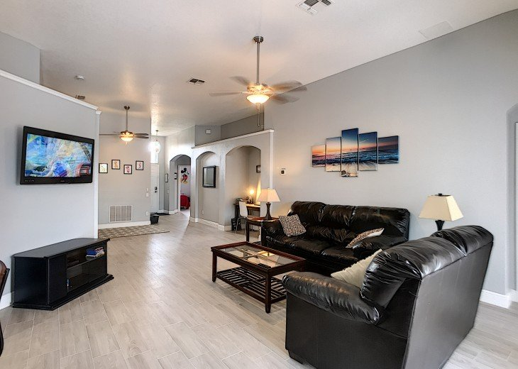 5 Star Updated Windsor Palms Pool Home with 2 Master bedrooms. 4 Bed 3 Bath #2