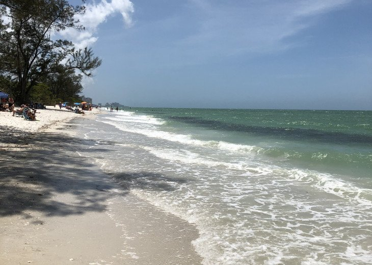 December special at off season monthly rate! Comfortable Condo Naples #1
