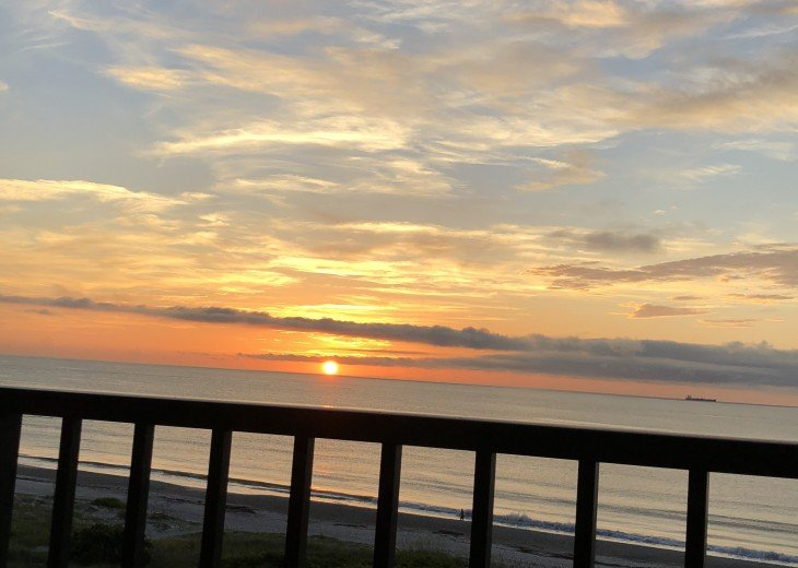 Direct Ocean Front, Gorgeous 6th Floor 3 Bedroom, Breathtaking Panoramic Views #32