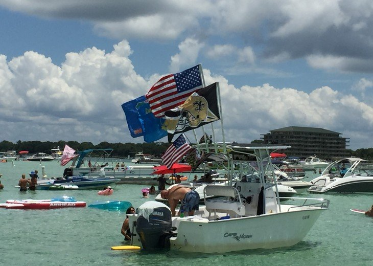 Rent a Pontoon Boat and go to Crab Island