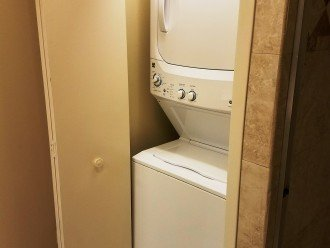 Large Washer and Dryer in the unit. Please use HD products *ONLY*