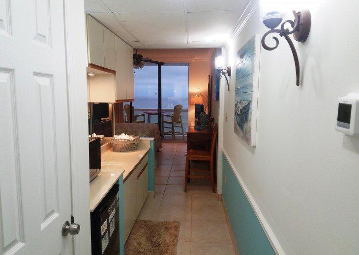 The 3rd bedroom is a Studio with it's own entrance door adjoing door to 601
