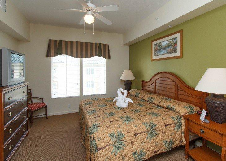 Luxury Resort Condo-3 Bdrm,$800/Week. Free WIFI & Shuttle #12
