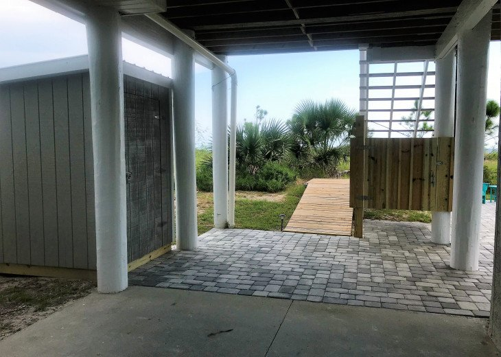 Gulf Front!Newly renovated!Screen Porch!Fire Pit!Sundeck!Beach Equipment! #31