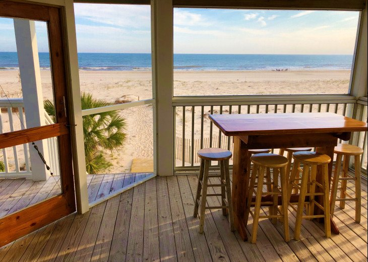 Gulf Front!Newly renovated!Screen Porch!Fire Pit!Sundeck!Beach Equipment! #29