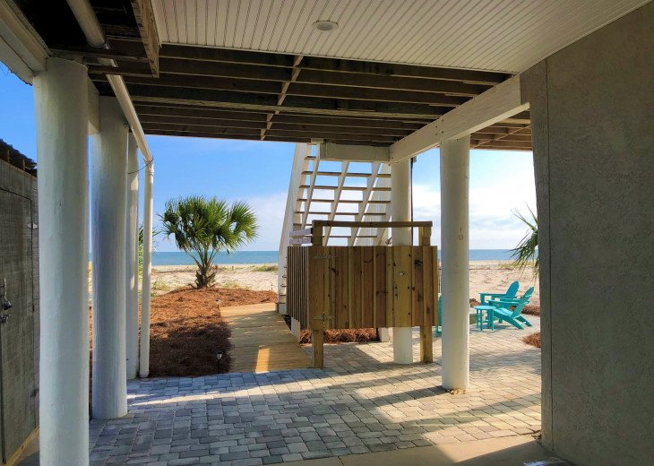 Gulf Front!Newly renovated!Screen Porch!Fire Pit!Sundeck!Beach Equipment! #32
