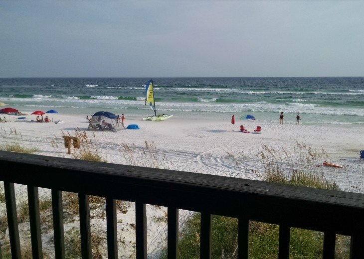 Destin, FL Sanddollar Rental: 4 BR 4 BA: view from 3 decks; step down to beach