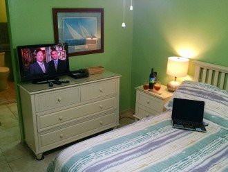 MBR w/view towards ensuite BA; Queen w/TV, DVD, Roku, free WiFi, beach deck